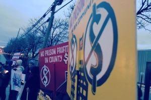 End for-profit prisons